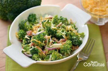 Nivel de potasio: ensalada de brócoli