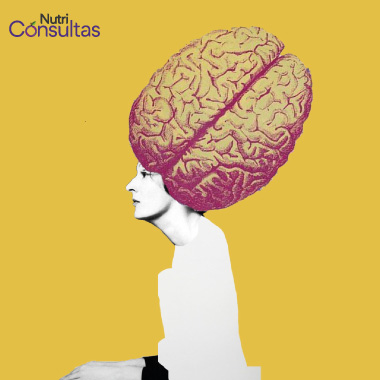 Mujer con cerebro enorme -collage de Aurora Quiterio